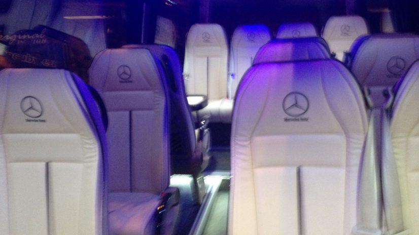 Alquiler de minibus con chofer en Madrid