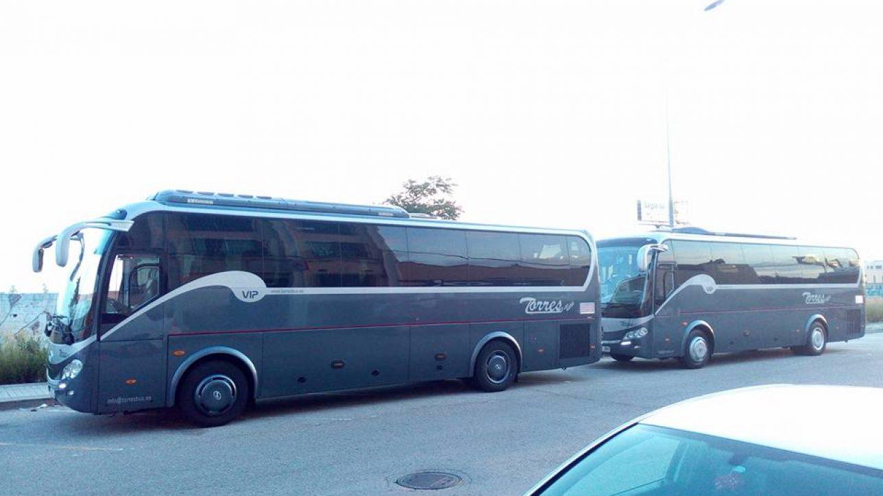 Alquiler autobús 15 personas: despedidas de soltero